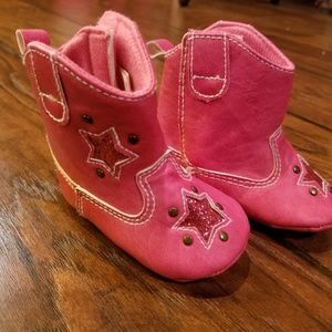 Rising Star pink baby booties